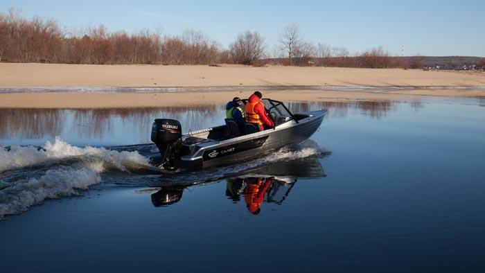 Моторная лодка Салют-430 в варианте исполнения Scout PRO Jet (для мотора с водометной насадкой)<br>Калькулятор-конфигуратор.