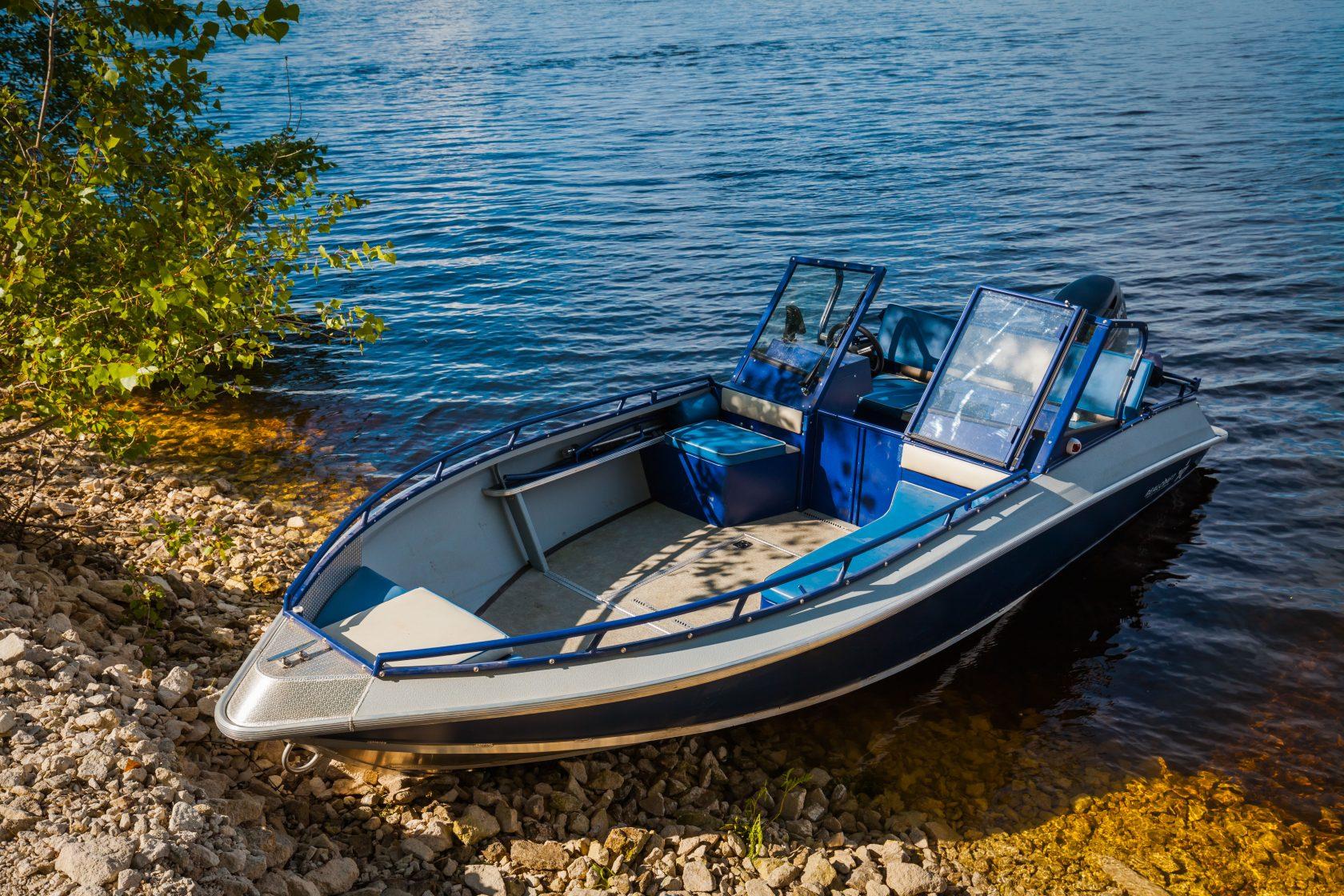 менеджер моторные лодки с ценой в картинках один