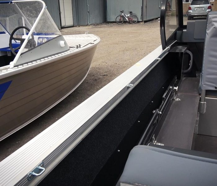 Моторные лодки Салют 480 NEO и Салют 480 Classic. В чем отличия?